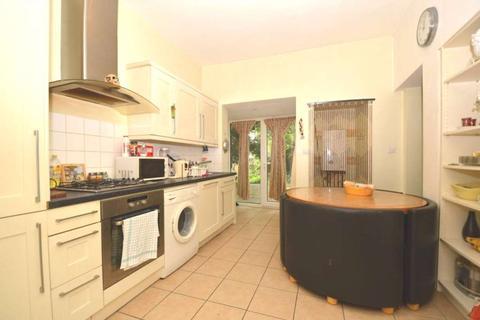 1 bedroom maisonette to rent - Granville Road, London N12