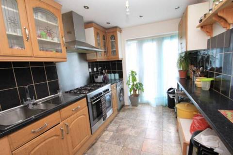7 bedroom house share to rent - Philchurch Place, Aldgate East/Brick Lane, London  E1