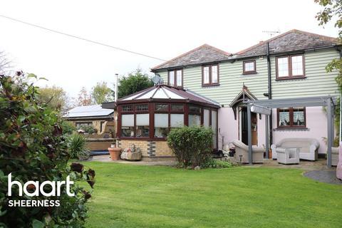 4 bedroom detached house for sale - Elm Lane, Minster on Sea
