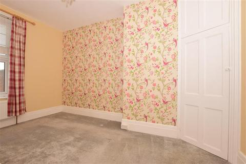 2 bedroom flat for sale - Dover Road, Walmer, Deal, Kent