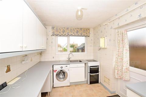 2 bedroom detached bungalow for sale - Anne Close, Birchington, Kent