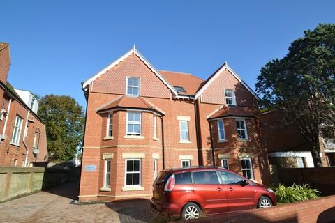2 bedroom flat for sale - Boscombe