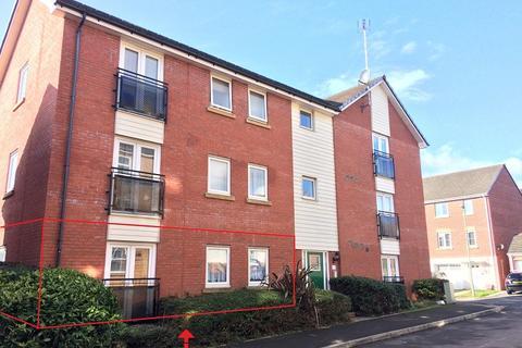 2 bedroom ground floor flat for sale - Longacres, Bridgend, Bridgend County. CF31 2DH