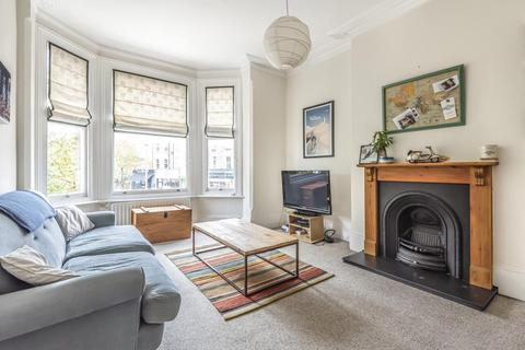 1 bedroom flat for sale - Byrne Road, Balham