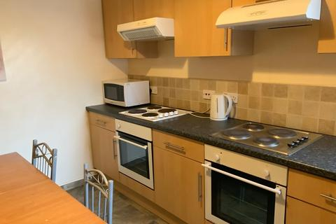 7 bedroom property to rent - Longford Place, 7 Bed, Manchester