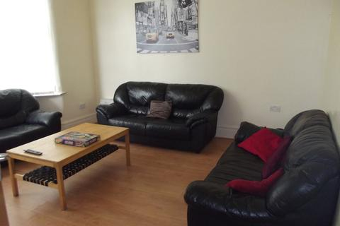 7 bedroom semi-detached house to rent - Longford Place, Victoria Park
