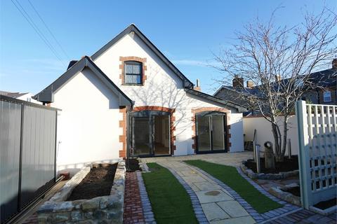 3 bedroom semi-detached house for sale - Rectory Lane, Penarth