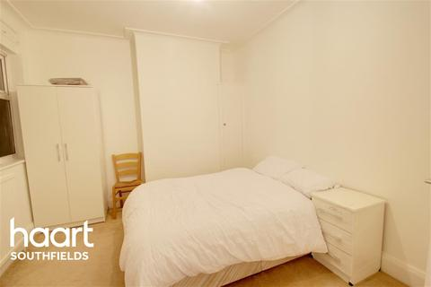 1 bedroom house share to rent - Seymour Road