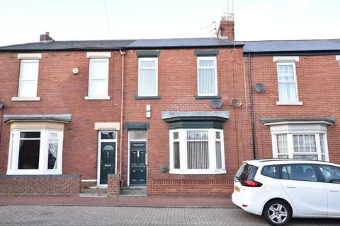 2 bedroom flat to rent - Roker Baths Road, Roker
