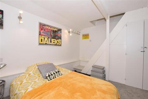 2 bedroom cottage for sale - Dover Road, Walmer, Deal, Kent