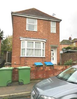 5 bedroom detached house to rent - Heatherdeane Road