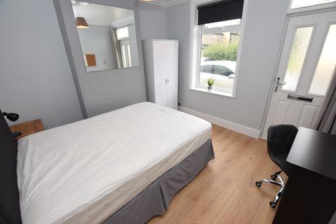 3 bedroom house share to rent - Cobden Street, Derby DE22 3GZ