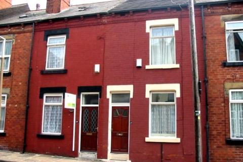 3 bedroom terraced house to rent - Nowell Place, Harehills, Leeds
