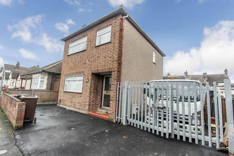 3 bedroom detached house to rent - Foxlands Road, Dagenham