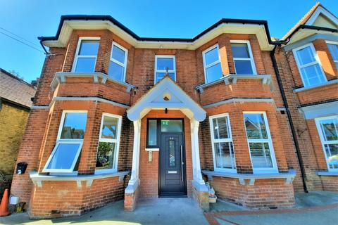 3 bedroom ground floor flat for sale - Madeira Road, Cliftonville