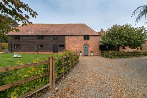 4 bedroom barn conversion for sale - Marley Lane, Finglesham
