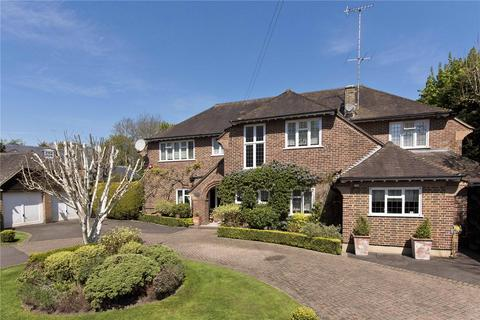 5 bedroom detached house for sale - Home Farm Close, Esher, Surrey, KT10