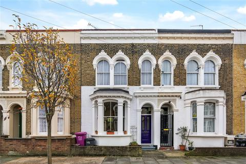 3 bedroom house for sale - Strahan Road, Bow, London, E3