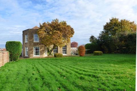 5 bedroom detached house for sale - 29 Bristol Road, Gloucester
