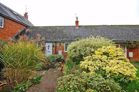 2 bedroom terraced house for sale - Sandy Lane, Charlton Kings, Cheltenham, GL53