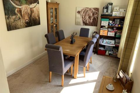 3 bedroom semi-detached house to rent - Queensway, Rugeley