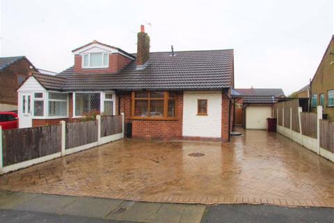 2 bedroom semi-detached bungalow for sale - Tarbet Drive, Breightmet, Bolton