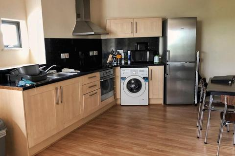 2 bedroom apartment to rent - Ashton Old Road, Manchester