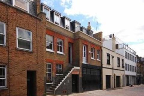3 bedroom mews to rent - Weymouth Mews, Marylebone, W1G