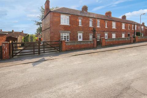 3 bedroom house to rent - 12 Burke Road, Malton, YO17 7JZ