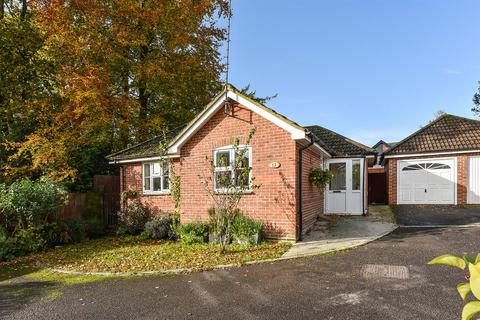 2 bedroom bungalow for sale - Firsway, Whitchurch