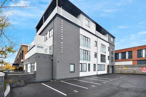 Studio to rent - London Road South, Poynton