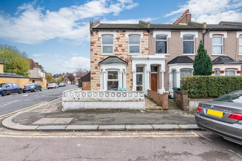 3 bedroom end of terrace house for sale - South Tottenham, N15