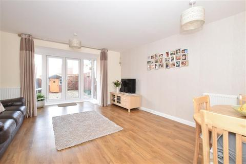 3 bedroom semi-detached house for sale - Wood Hill Way, Bognor Regis, West Sussex