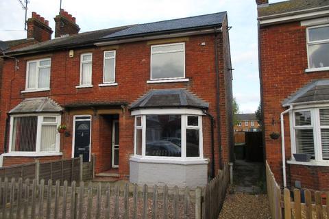 3 bedroom semi-detached house for sale - Burcroft Road, Wisbech
