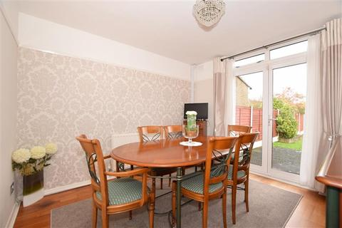 3 bedroom semi-detached house for sale - Allington Way, Maidstone, Kent