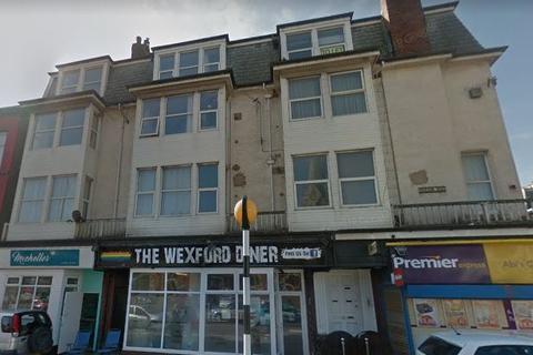 2 bedroom flat to rent - Dickson Road, Blackpool FY1