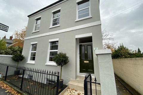 5 bedroom detached house for sale - Carlton Street, Cheltenham
