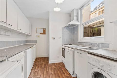 4 bedroom terraced house to rent - North Road West, Plymouth