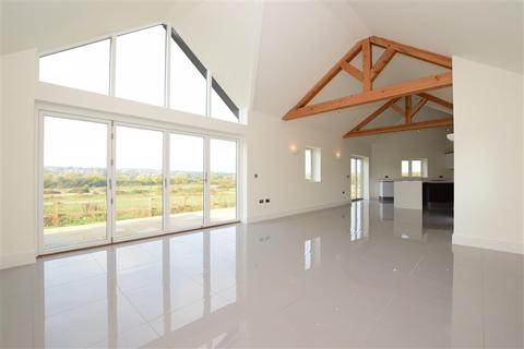 3 bedroom barn conversion for sale - New Barns Farm, Roding Lane, Chigwell, Essex