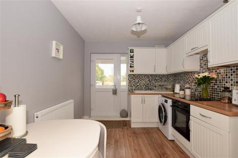 1 bedroom maisonette for sale - Grey Towers Avenue, Hornchurch, Essex