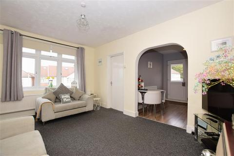 1 bedroom maisonette for sale - Grey Towers Avenue, Hornchurch, Essex