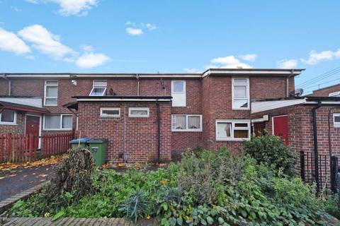 2 bedroom terraced house for sale - Invermore Place, Plumstead
