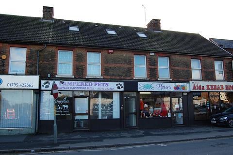 Studio to rent - 55-57 West Street, Sittingbourne, Kent, ME10