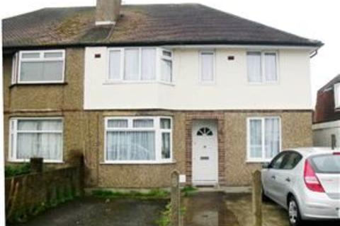 2 bedroom maisonette for sale - Ashwood Avenue, Uxbridge, Middlesex, UB8