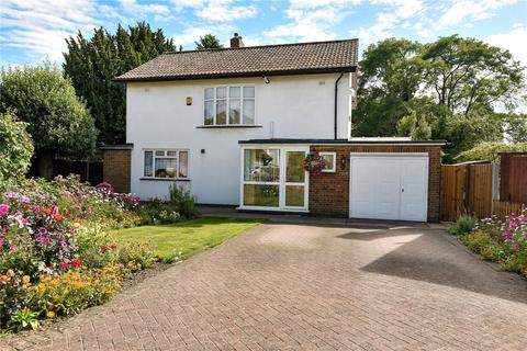 4 bedroom detached house for sale - The Hermitage, Uxbridge, Middlesex, UB8