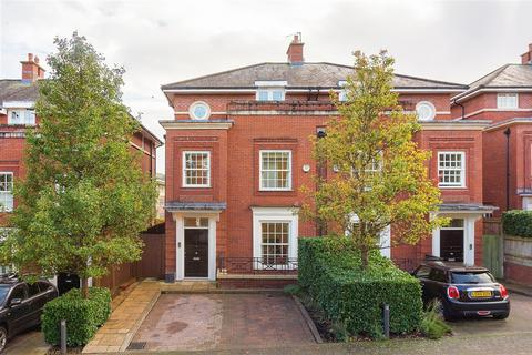 5 bedroom semi-detached house for sale - Arcadian Place, SW18