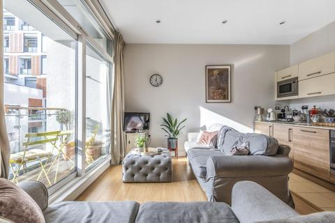 1 bedroom flat for sale - Cornell Square, Vauxhall