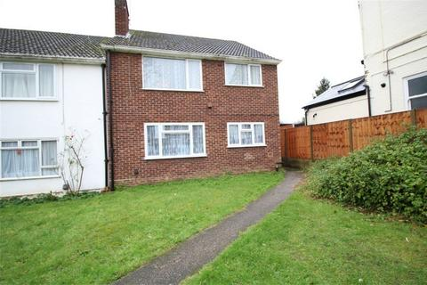 2 bedroom flat to rent - Gordon Hill, Enfield, Middlesex