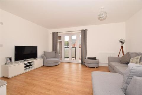 2 bedroom flat for sale - Desmond Hubble Way, Ashford, Kent