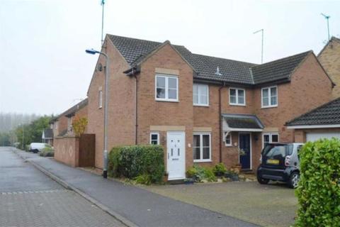 3 bedroom semi-detached house to rent - Tyrrell Way, Towcester